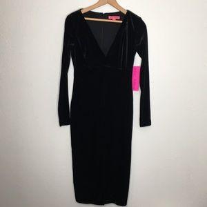 NWT Betsey Johnson black long sleeve velvet dress